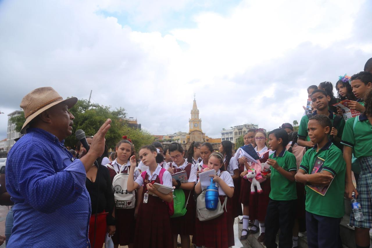 Colegios Eucarístico de Santa Teresa, I.E Mandela Pino Verde, I.E Pedro de Heredia
